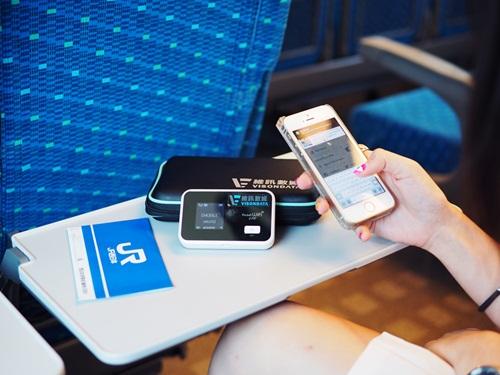 Thuê pocket wifi khi đi du lịch để sử dụng wifi dễ dàng
